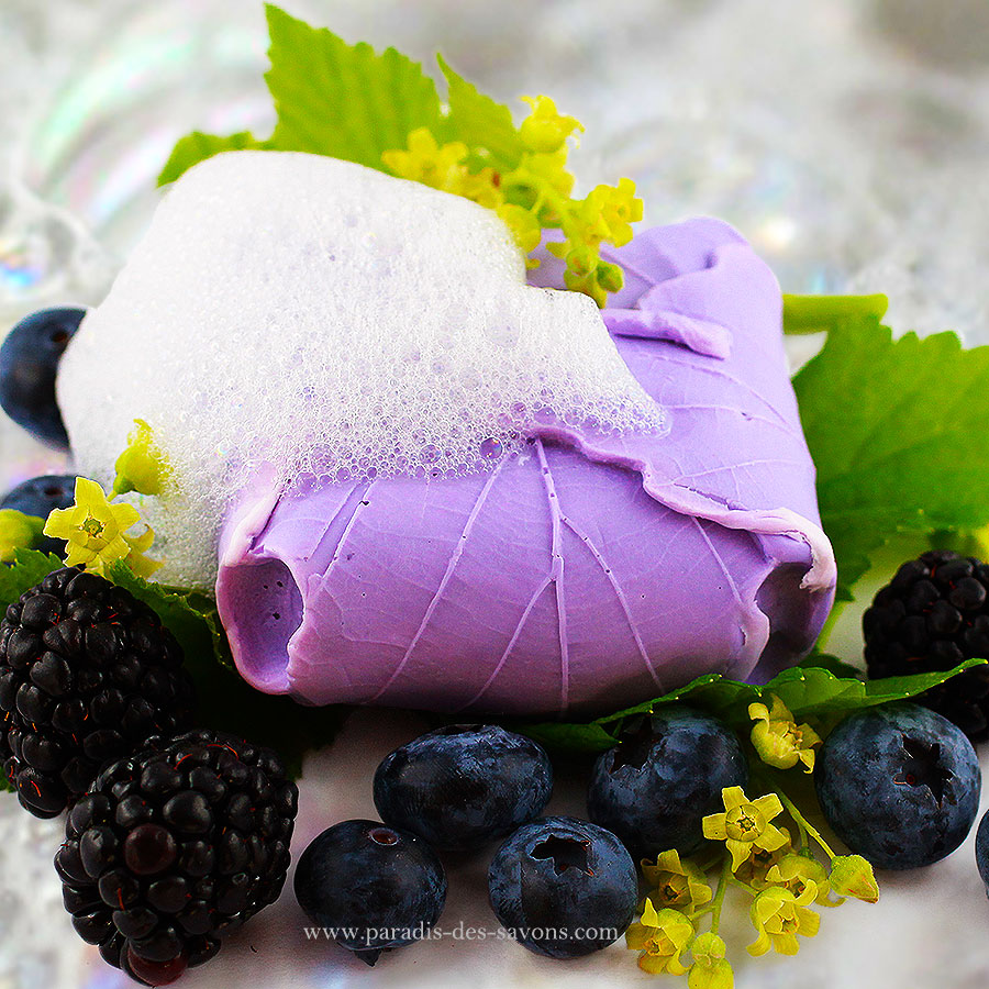 Savon fruits rouges mousse
