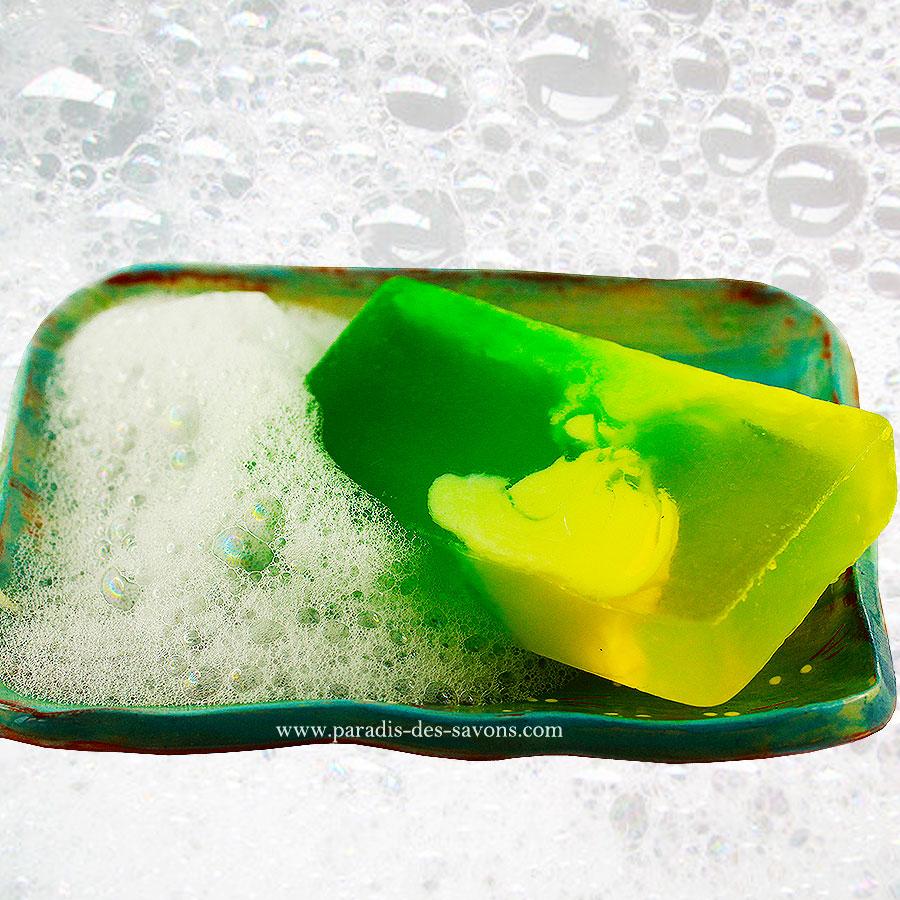 Savon jasmin sur porte savon
