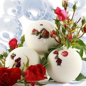 Boule effervescente pour le bain rose
