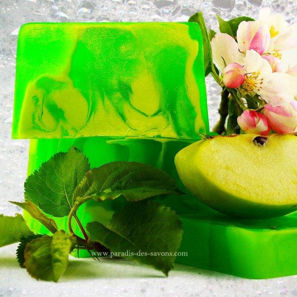 Savon naturel à la pomme