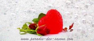 Savon fantaisie cœurr à la rose