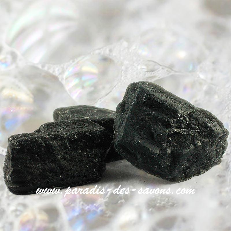 Savon fantaisie au charbon